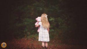make-fewer-business-goldilocks-mistakes-girl-forest-teddybear